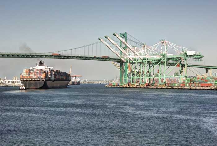 Los Angeles Harbor de.depositphotos.com