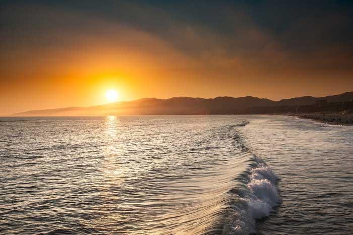 Sonnenuntergang in der Bucht von Santa Monica